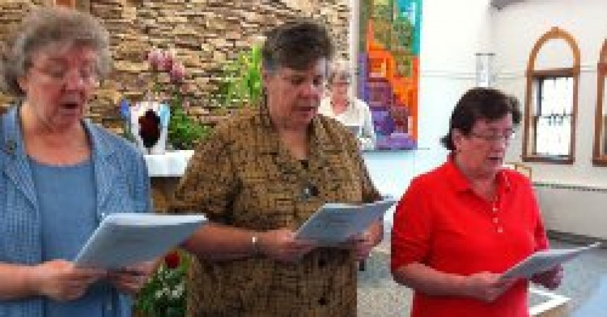 New Passionist Leadership Team of a Province of the Sisters of the Cross and Passion