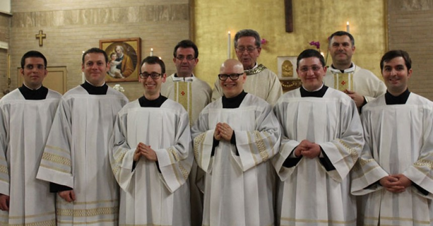 New Acolytes and Lectors for the Configuration of CEB