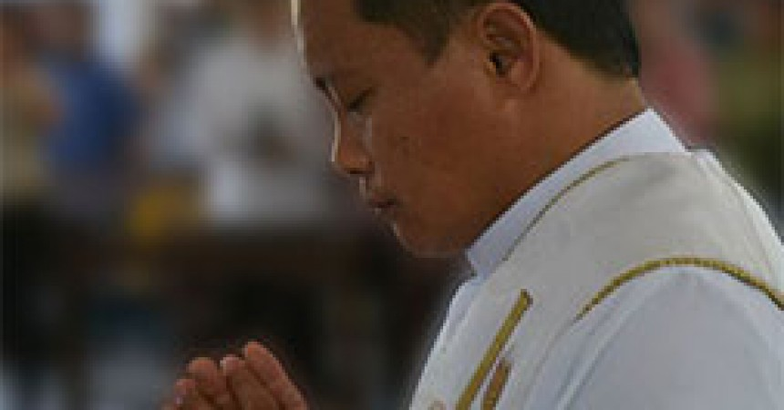 Fr. Alexander Arellano is ordained to priesthood