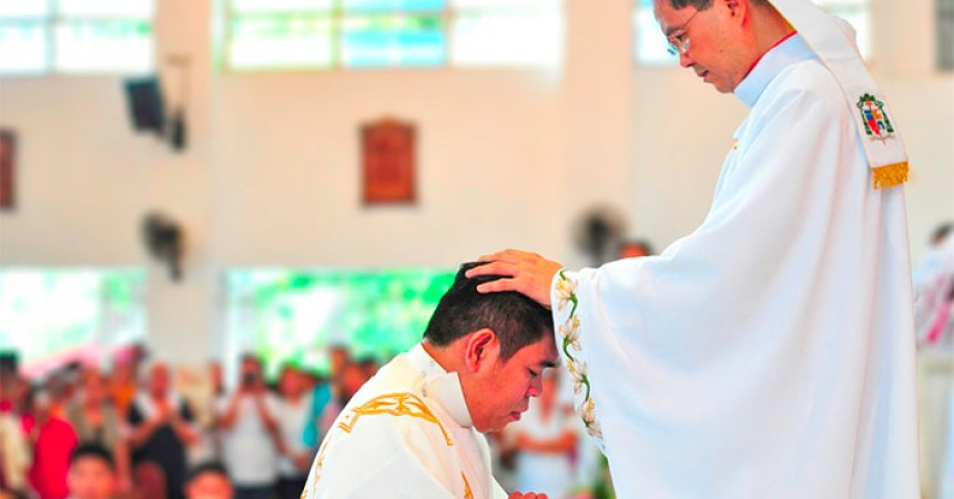 Fr. Crisanto Dimaculangan, C.P. is ordained to the Order of Priesthood