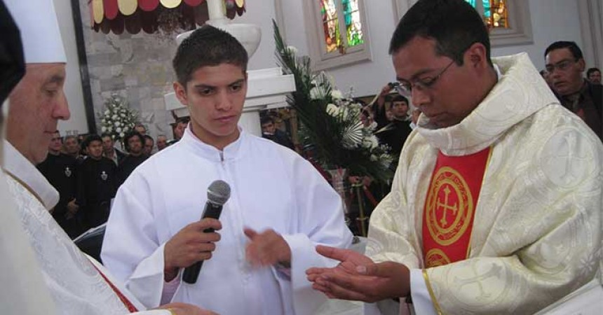 Priestly Ordination in Colombia (SCOR)