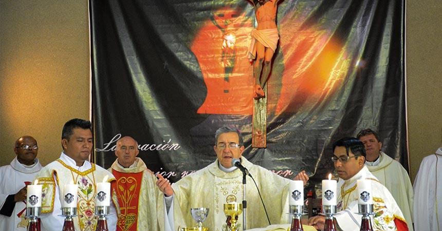 ORDENACION DE DIACONOS de Jose Manuel Sandoval Flores and Manuel Mendoza Mendez (SCOR)