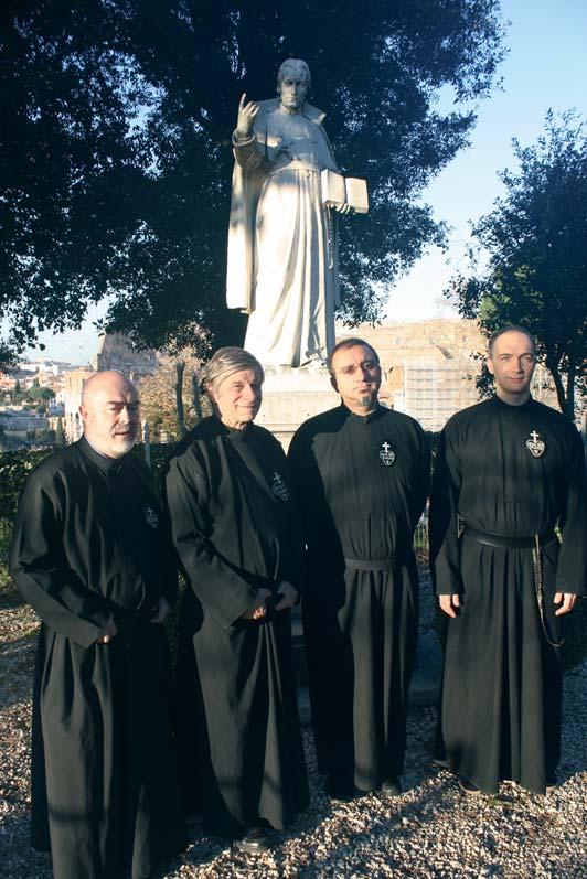 (da sx a dx) PP. Andrés San Martín (SCOR), Robert Carbonneau (PAUL), Pablo Gonzalo (SCOR) e Alessandro Ciciliani (MAPRAES).