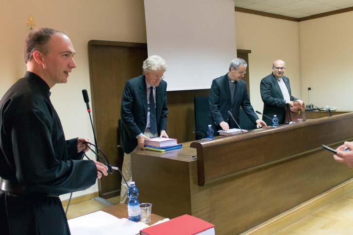 P. Alessandro Ciciliani difende con successo la sua dissertazione e riceve il titolo di Dottore in Storia della Chiesa dalla Università Gregoriana in Roma, il 13 maggio 2015.