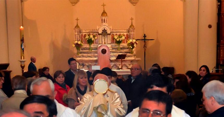 La inauguración de la Capilla de Adoración Eucarística Perpetua en nuestra parroquia de Santa Gema