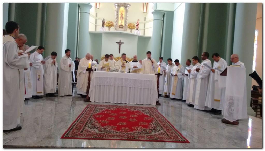 Z_Eduardo_Ordenaçao presbiteral_21 maio 2016-3