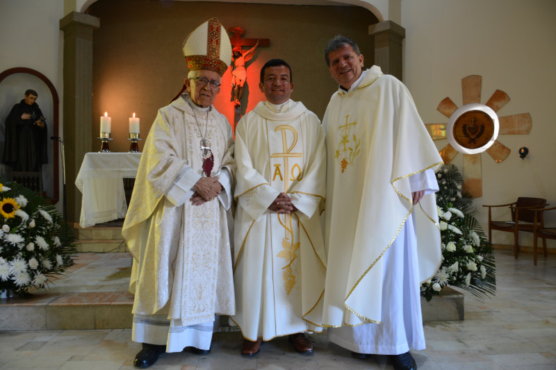 JULIO-ALEJANDRO-BLANCO-ORDENACION-SACERDOTAL-4-DE-FEBRERO-2017