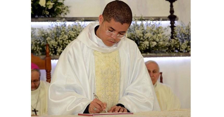 ORDINATION Fr. Vanildo de Jesus Nascimento (EXALT)