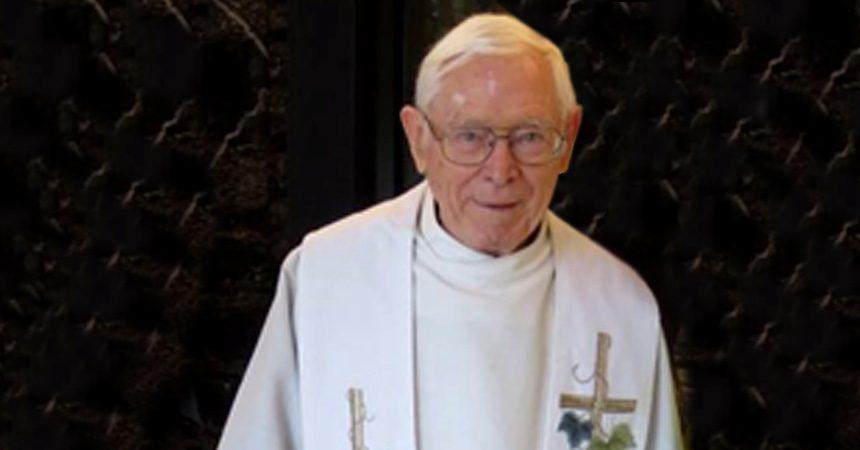 DEATH NOTICE<br>Fr. Denis McGowan (CRUC)