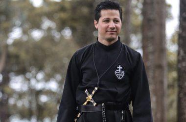 PROFESSIONE<br>Daniel Pereira Eliziário (GETH)