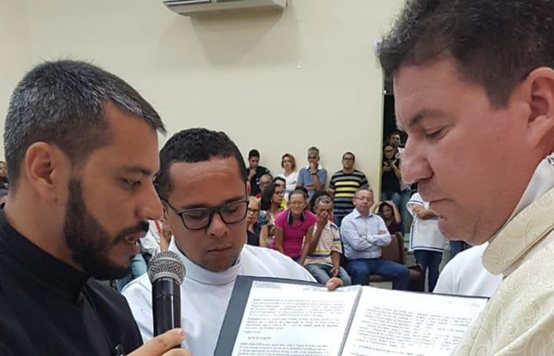 PROFESSIONE PERPETUA<br>José Ronaldo Venâncio dos Santos (GETH)
